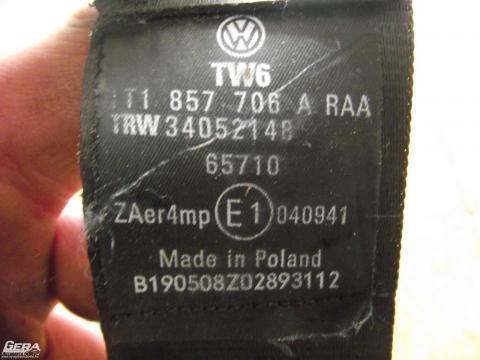 Volkswagen Touran '2008' jobb első biztonsági öv!