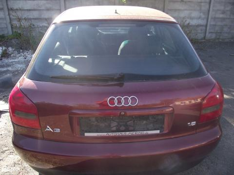 Audi A3 8L '2001' csomagtérajtó! Bordó színű! 5 ajtós!Az ajtó ára a...