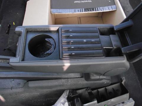 Audi A3 8L gyári könyöklő!