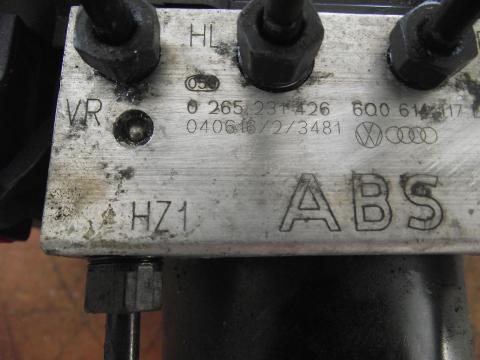 Volkswagen Polo 9N 1.4 PDTDi ABS hidraulika egység!