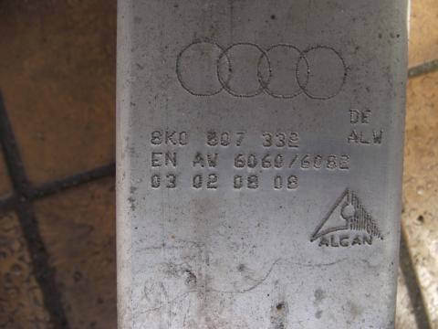 Audi A4 B8 8K sedan hátsó lökhárító merevítő!