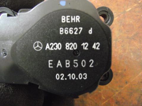 Mercedes W203 fűtés szervó motor!
