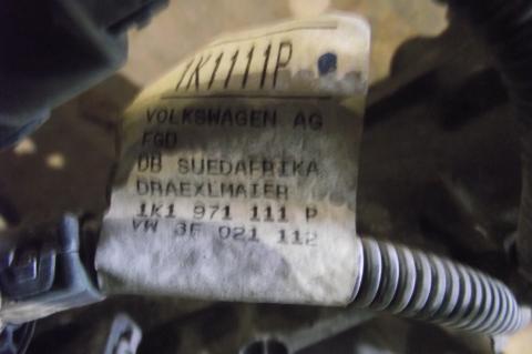 Volkswagen Golf + kormánymű!