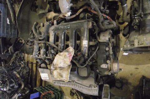 BMW E60, E61 525 D motor!