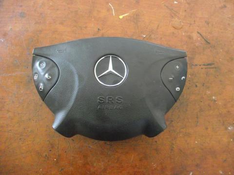 Mercedes E W211 kormánylégzsák!