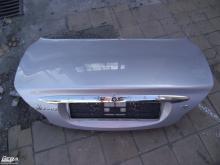 Jaguar X-type sedan csomagtérajtó! Ezüst színű!Az ár a csupasz...