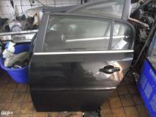 Opel Signum bal hátsó ajtó! Fekete színű! Az ajtó ára a csupasz...