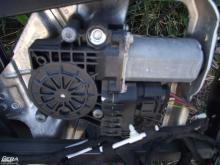Audi A6 C5 '2002' jobb hátsó ablakemelő motor!