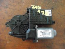 Skoda Fabia jobb első elektromos ablakemelő motor!