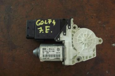 Volkswagen Golf IV jobb első ablakemelő motor!