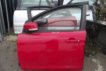Ford Focus II '2009' bal első ajtó! Piros színű!  Az ár a csupasz...