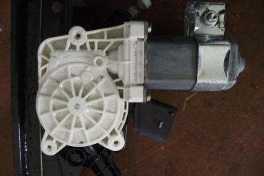 BMW 5 E60/E61 jobb első elektromos ablakemelő motor!
