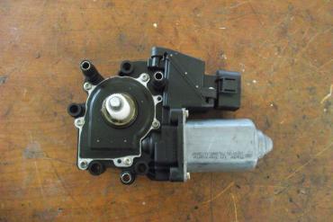 Audi A4 B5 jobb első ablakemelő motor!