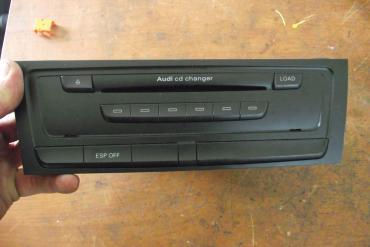 Audi A4 B8 8K 6 lemezes CD tár!